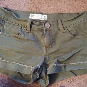 RSW Malibu Cuff short green size 5